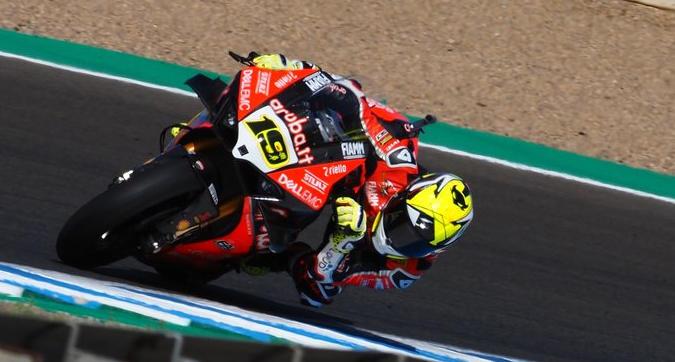Superbike, gara-1 Jerez: Bautista fa 12 in stagione, Rea stangato e gode Melandri