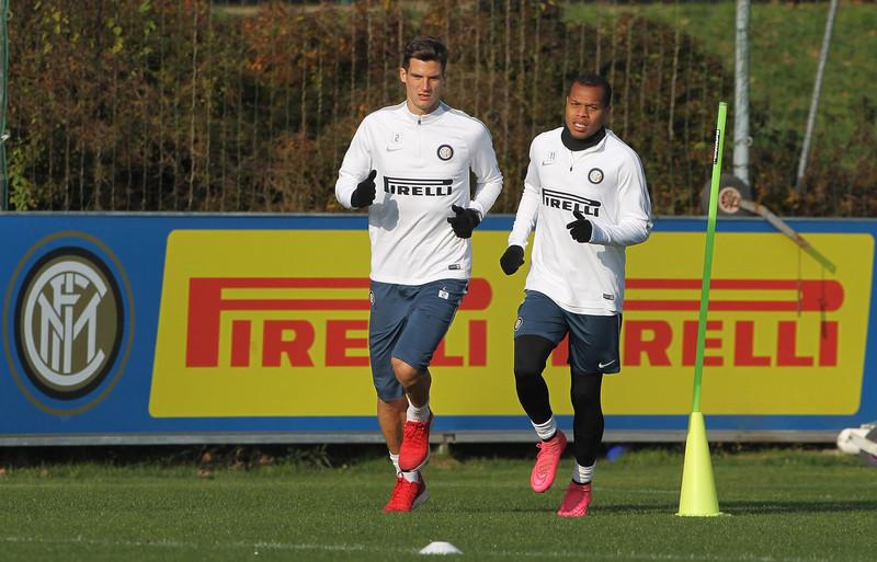 L'Inter prepara il derby alla Pinetina