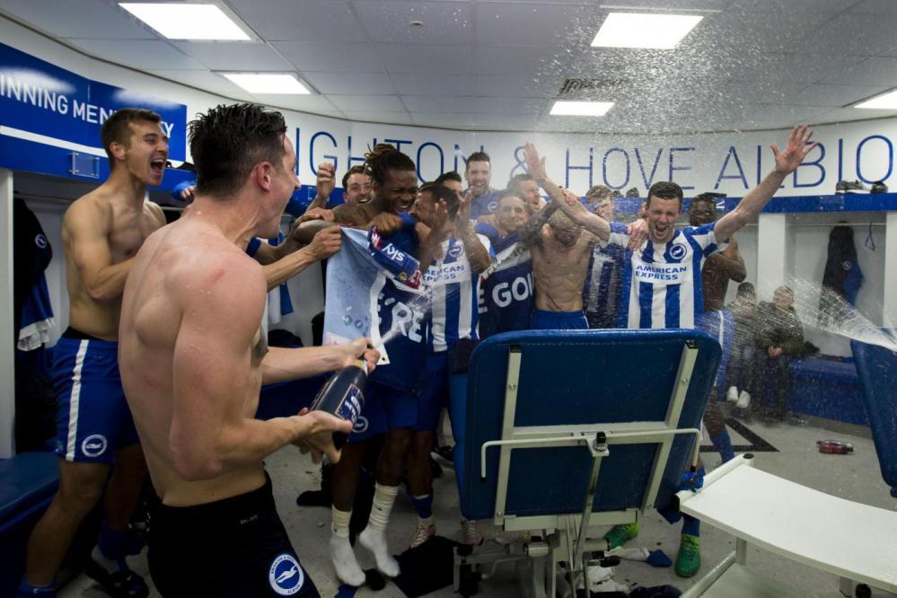 Il Brighton torna in Premier League dopo 34 anni
