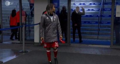 Ancelotti, dito medio ai tifosi