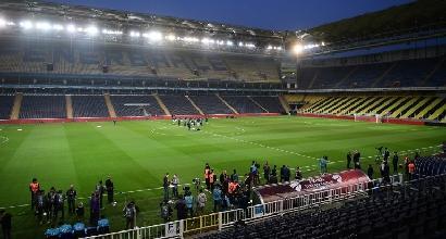Turchia, il Besiktas non si presenta: Fenerbahçe in finale