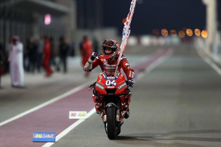 Il forlivese batte Marquez all'esordio in Qatar