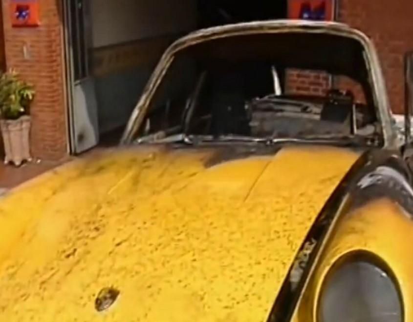 La Porsche di Lentini dopo l'incidente del 2 agosto 1993.
