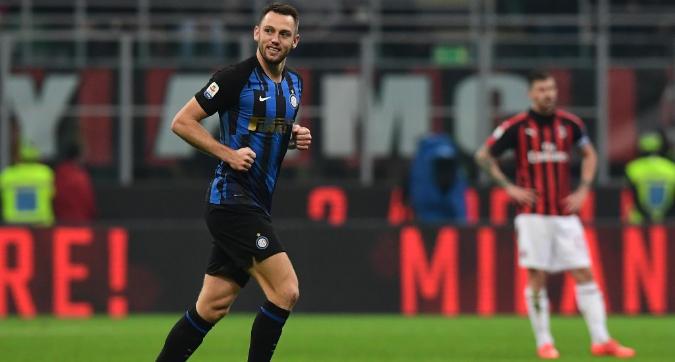 Inter, De Vrij preoccupa Spalletti: è a rischio per il Chievo