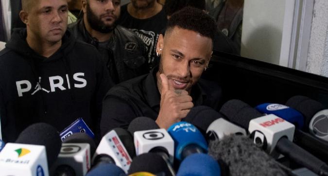 Neymar interrogato cinque ore