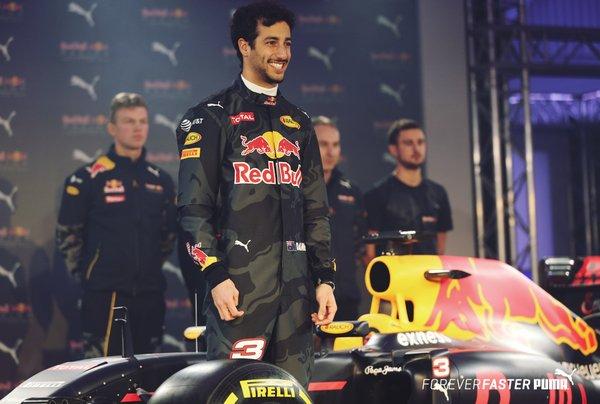 F1, svelata la nuova livrea della Red Bull