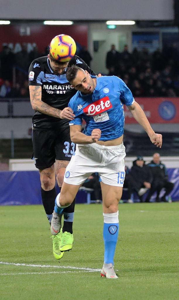 Il Napoli batte la Lazio: Juve a 6 punti