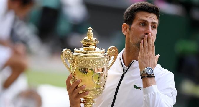 Tennis, Djokovic re di Wimbledon