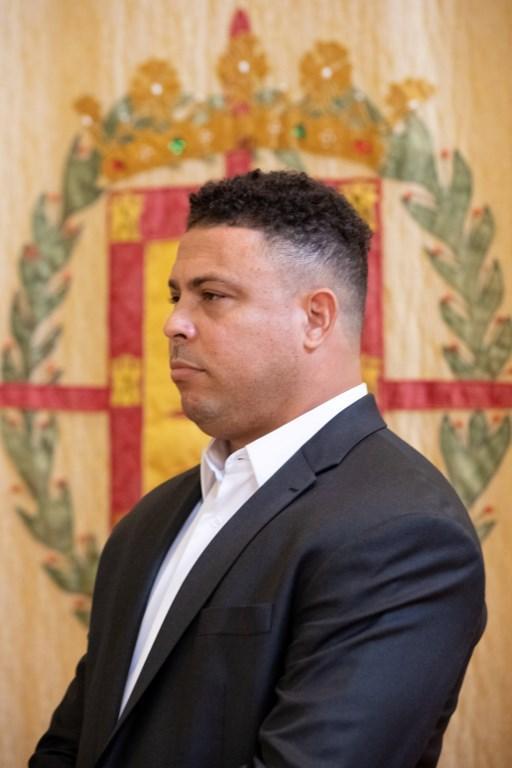 """Ronaldo e il bagno di folla nella """"sua"""" Valladolid"""