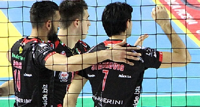Volley, SuperLega: Trento vince facile, Modena gioia derby