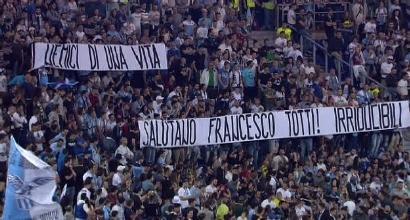 """Lazio, gli Irriducibili """"salutano"""" Francesco Totti"""