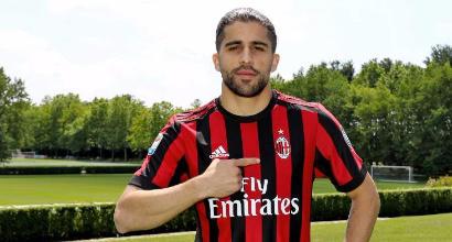 """Milan, Ricardo Rodriguez ha firmato: """"Vinciamo l'Europa League e andiamo in Champions"""""""