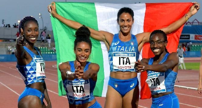 """Social scatenati per la staffetta italiana 4x400: """"La risposta a Pontida"""""""