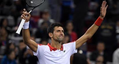 Shanghai: Djokovic travolge Zverev, Coric elimina Federer