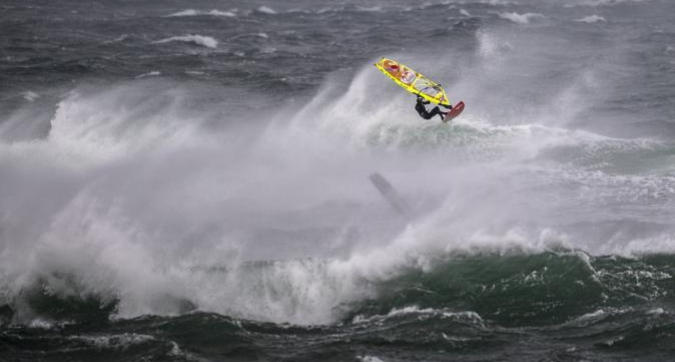 Red Bull Storm Chase 2019: A caccia di onde