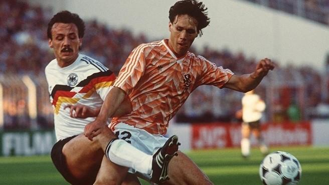 21 giugno 1988: semifinali Europeo, Germania-Olanda 1-2