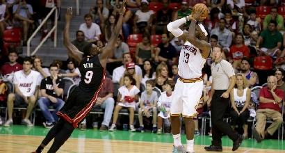 James contro Miami, foto Afp