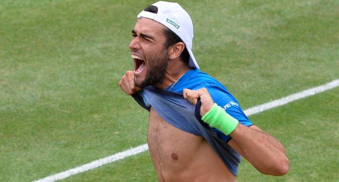Tennis, Stoccarda: Berrettini è campione, 6-4 7-6 (11) in finale su Auger-Aliassime