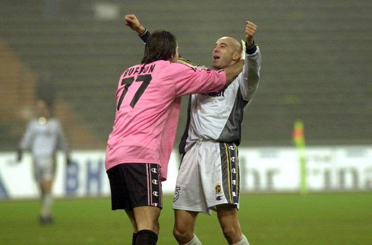 Gianluigi Buffon dovrebbe difendere i pali della Juventus anche nella trasferta contro la Sampdoria. Il portiere bianconero collezionerebbe la presenz...