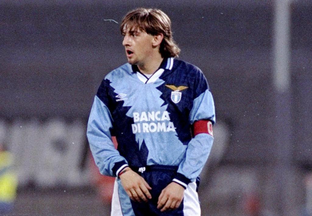 Signori: nell'estate 1995 è tutto fatto per il suo passaggio dalla Lazio al Parma ma la rivolta di piazza dei tifosi biancocelesti blocca tutto