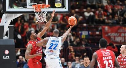 Basket, Serie A: Milano vince il derby, Pistoia e Capo d'Orlando ai playoff