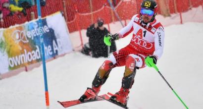 Sci, slalom Kitzbuhel: trionfa Clement Noel, per Hirscher impresa a metà