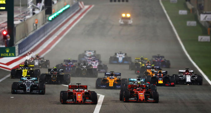 F1, in Bahrain vince Hamilton