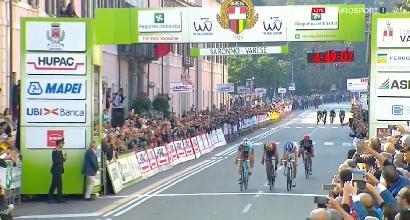 Ciclismo, Tre Valli Varesine: vince Geniez in volata su Pinot e Nibali