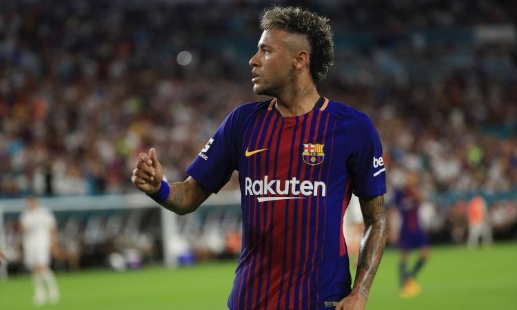 Neymar, attaccante, pagato dal Barcellona 88 mln