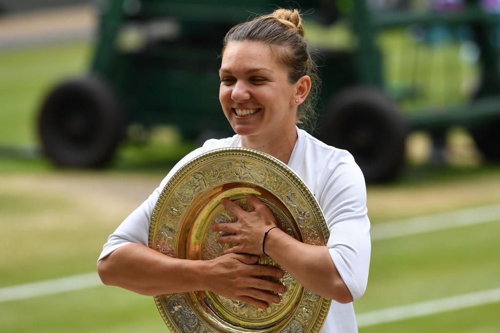 La campionessa di Wimbledon 2019 è Simona Halep che nella finale contro Serena Williams gioca una partita solida ed efficace, sconfiggendo l'americana...
