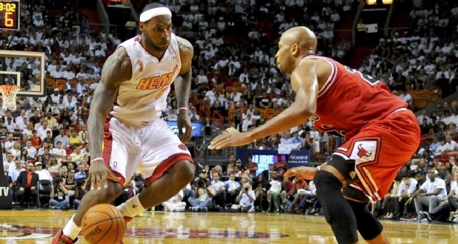 Nba: Miami è ancora inarrestabile, LeBron James è sempre super