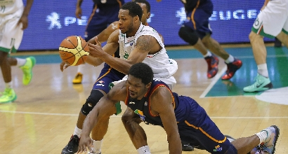 Basket, playoff Serie A: Siena in finale, 4-1 a Roma