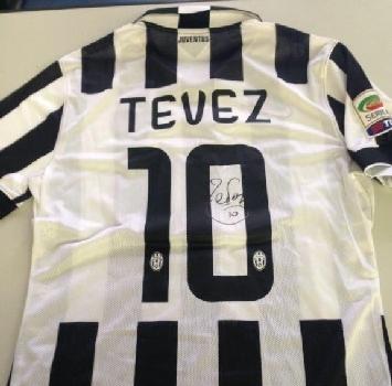 L'asta di Stelle nello sport: le maglie di Tevez e quelle del derby della Lanterna