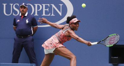 Tennis, US Open: sorriso Lorenzi, fuori Giorgi e Vinci