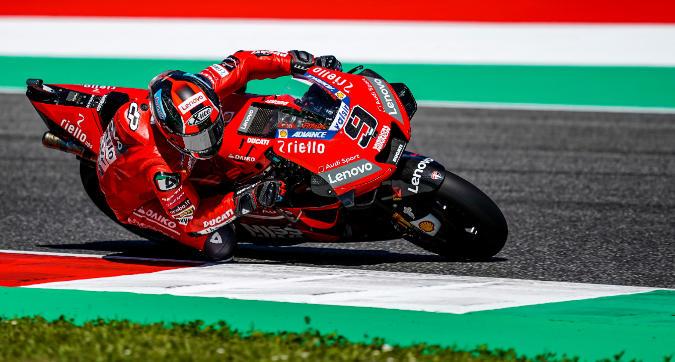 MotoGP, Petrucci trionfa al Mugello