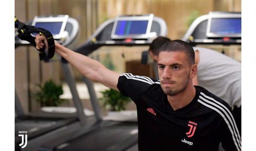 La Juventus attende l'Inter nella sfida di Nanchino della International Champions Cup: per i bianconeri allenamento basato sulla forza, la squadra...