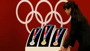 Olimpiadi Tokyo 2020: presentate le medaglie