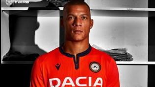 Udinese, seconda maglia arancione con bordi blu navy