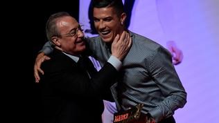 Ronaldo, baci e abbracci con Florentino Perez