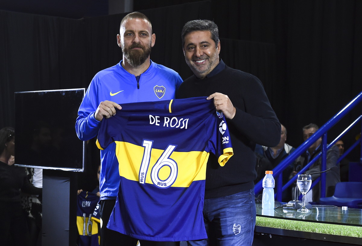 """L'ex capitano della Roma: """"Affascinato da questo club"""""""