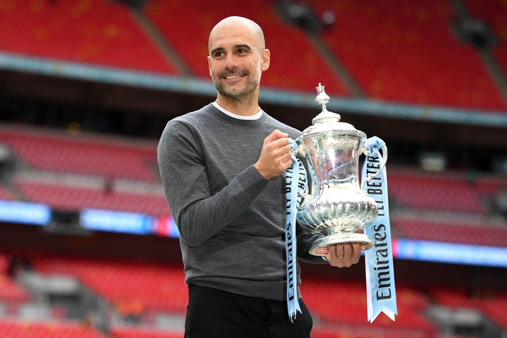 Pep Gaurdiola: con il Manchester City nella stagione 2018-19 ha vinto Premier League, Supercoppa d'Inghilterra, Coppa di Lega e FA Cup