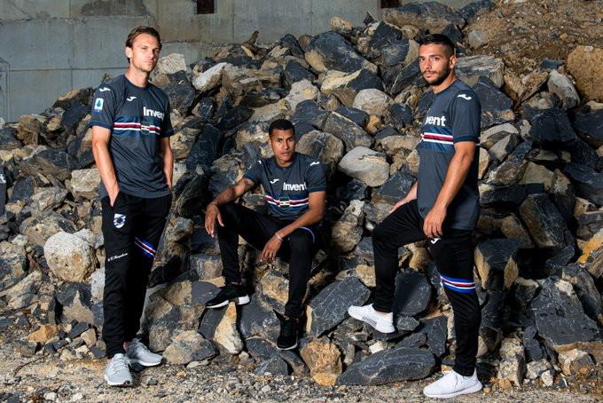 Sampdoria e Joma, in qualit&agrave; di sponsor tecnico, hanno presentato la terza maglia per la stagione 2019/20.<br /><br />
