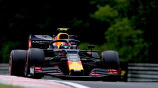 F1: GP Ungheria, le Red Bull dominano nelle libere 2