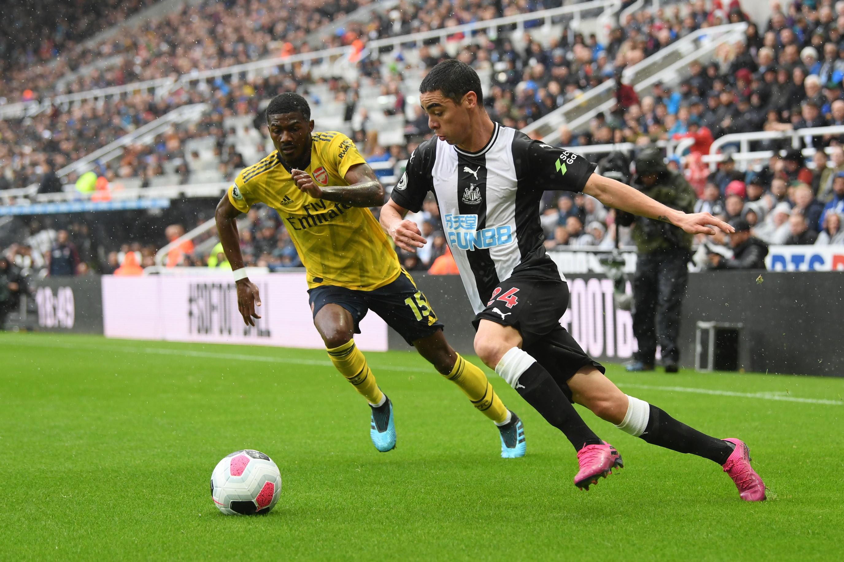 L'Arsenal non brilla ma vince nella prima giornata di Premier. I Gunners di Tuchel si impongono 1-0 sul campo del Newcastle grazie al gol di Aubam...