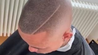 Cagliari, nuovo taglio di capelli per Nainggolan