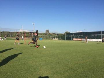 Il giorno di Ferragosto ha visto terminare la breve vacanza concessa da Carlo Ancelotti ai giocatori del Napoli dopo il rientro dalla tournée n...
