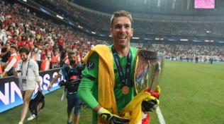 Liverpool, Adrian messo ko da un tifoso: in dubbio per il Southampton
