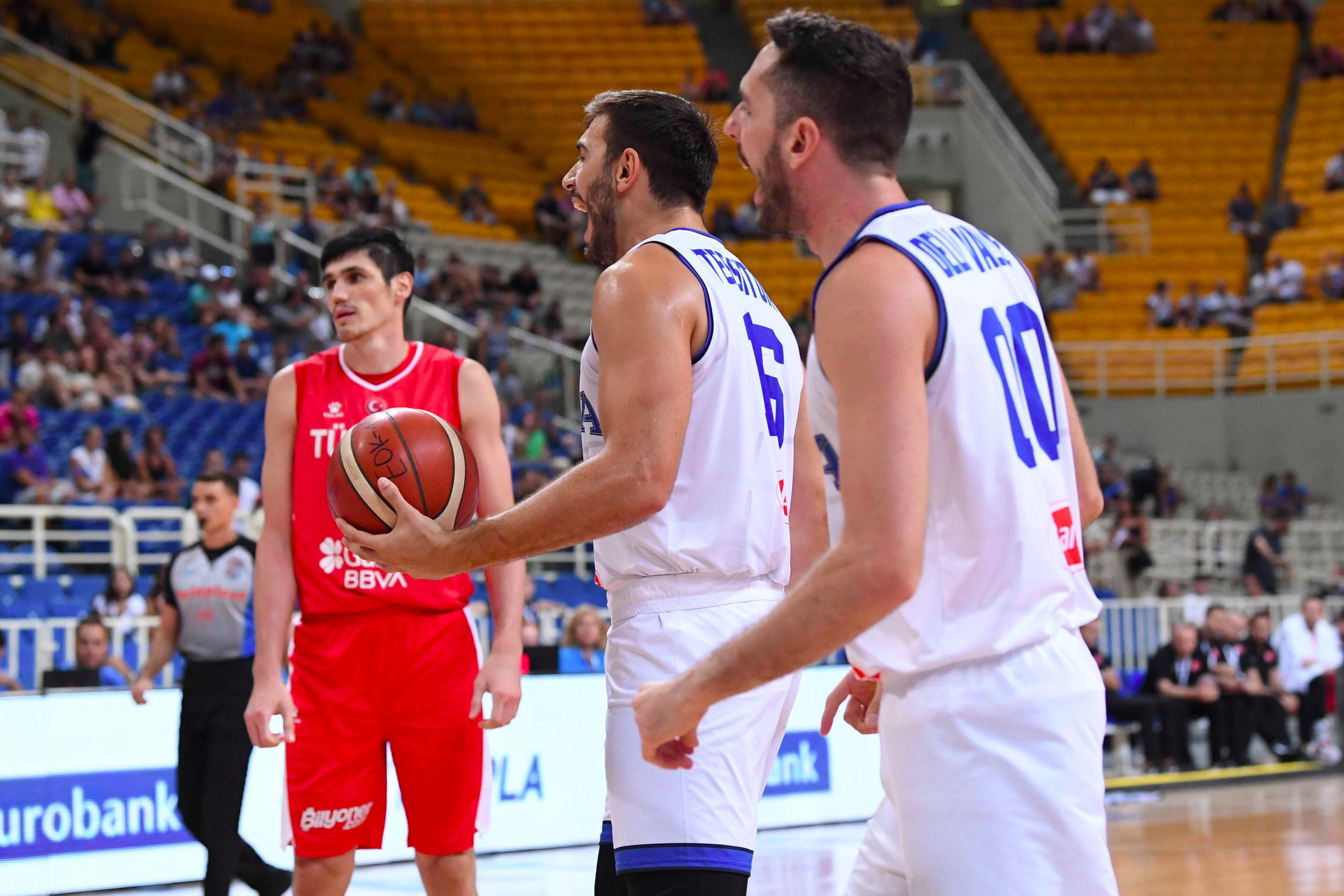 Nel torneo dell'Acropoli gli azzurri cedono alla Turchia per 70-72