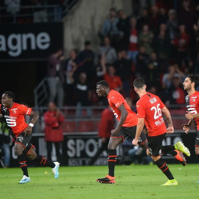 Ligue 1: non basta Cavani, il Rennes ribalta 2-1 il Psg