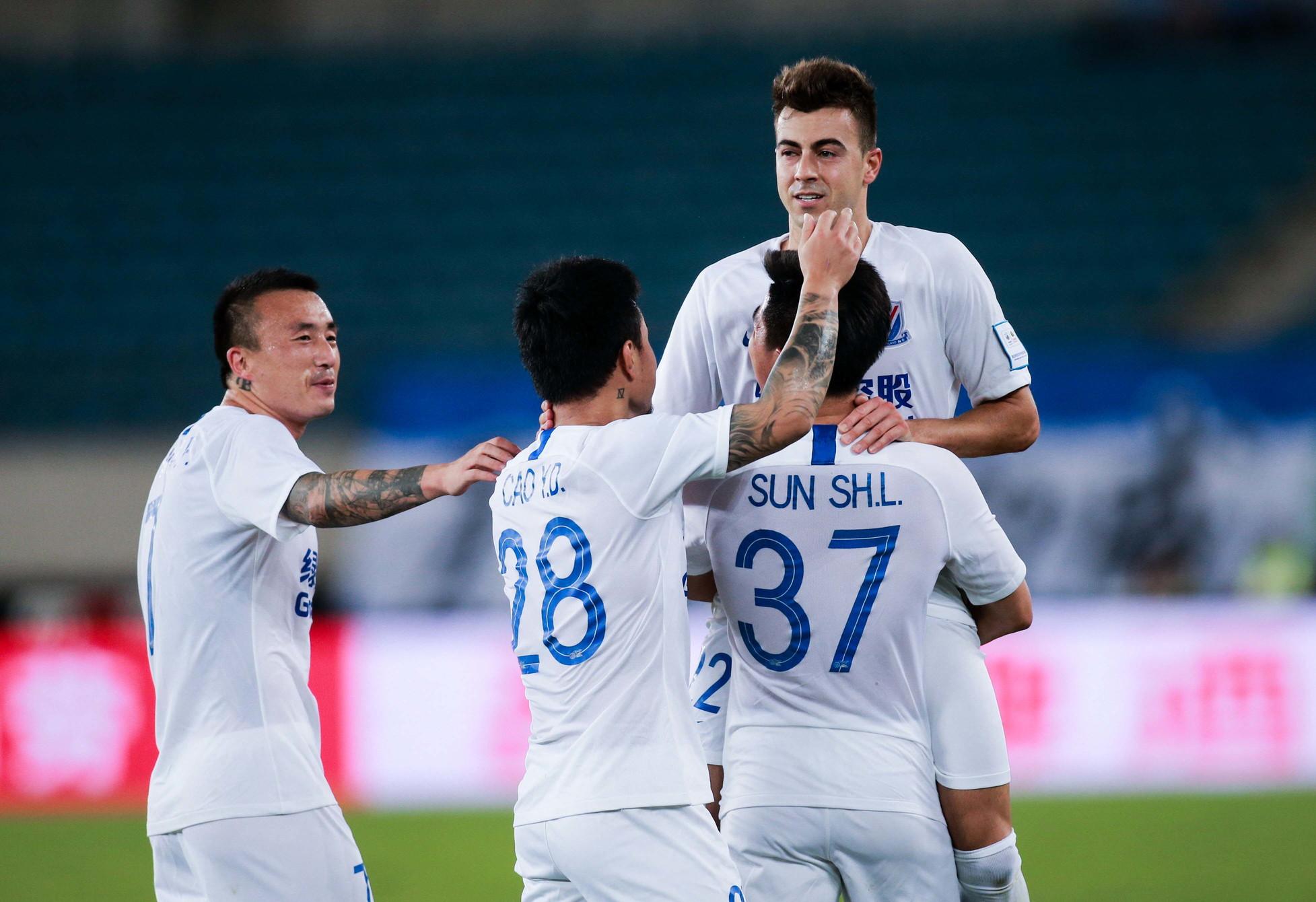 Stephan El Shaarawy mattatore allo Shanghai Shenua. L'ex attaccante della Roma, dopo la rete e l'assist all'esordio contro il Tianjin Tian...
